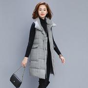 冬季伊佰丽35-45岁女装洋气减龄英伦风格纹淑女中长马甲马夹