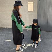 熙熙妈亲子装秋冬韩版洋气母女装中长款加绒卫衣女童卫衣裙