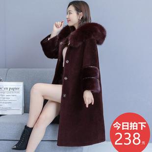 妈妈狐狸毛呢子羊剪绒大衣女中长款中老年加厚大码水貂绒外套冬季