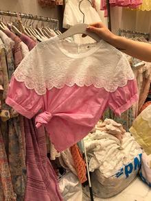 2019夏季女装蕾丝拼接镂空绣花短袖圆领衬衫上衣T恤女