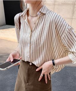 条纹衬衫女春装2021大码宽松设计感小众上衣外穿百搭长袖衬衣