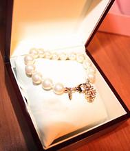 Elva modelos con pequeñas fragancia Chanel CC mijo perla pulsera de perlas naturales perlas collar pulsera vintage