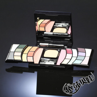 SUKI luxury unique a famous actor magical make-up makeup color eye shadow combination Kit genuine