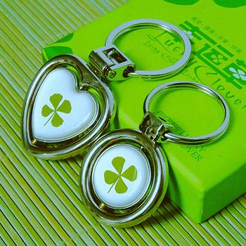 情侣钥匙扣一对 金属 四叶草 锁匙扣钥匙 情侣创意钥匙扣可爱图片