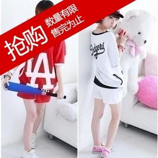 Одежда для отдыха Лето 2012 новой женской моды la Корейский печати письма короткий рукав Футболка + Шорты Костюм спортивный досуг   для девушки
